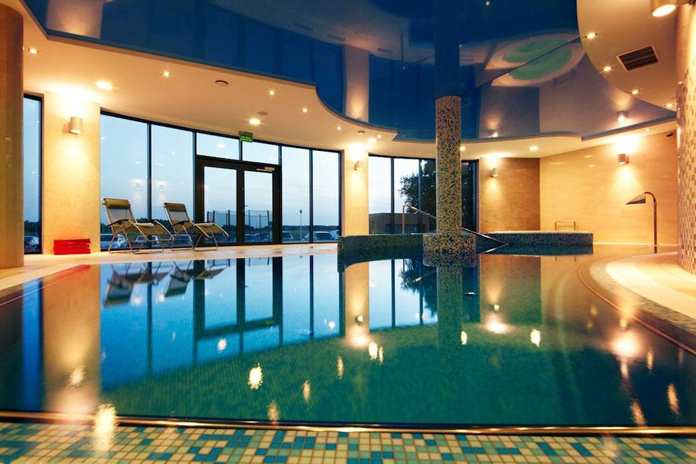 Baltic plaza hotel kolberg for Schwimmbad billig