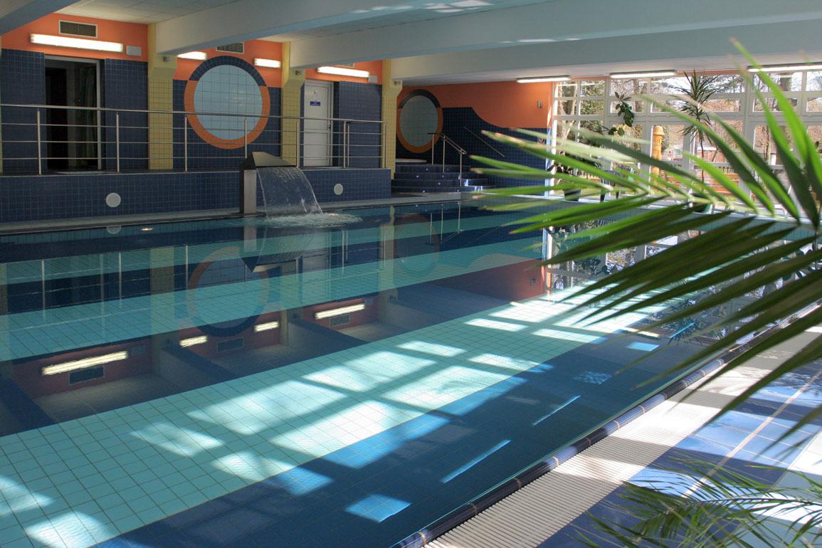 Hotel gornik kolberg for Schwimmbad billig