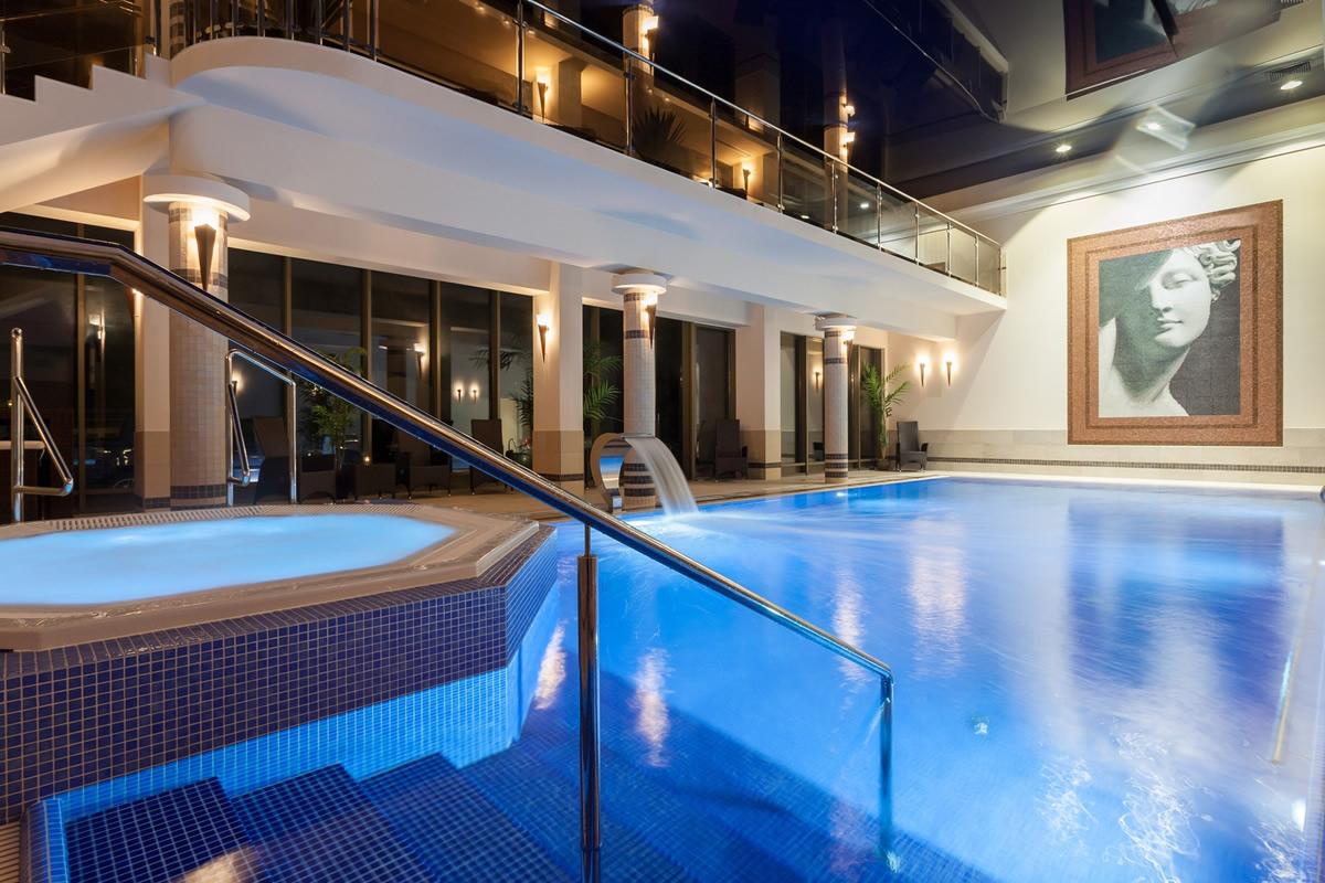 Hotel lambert henkenhagen for Schwimmbad billig