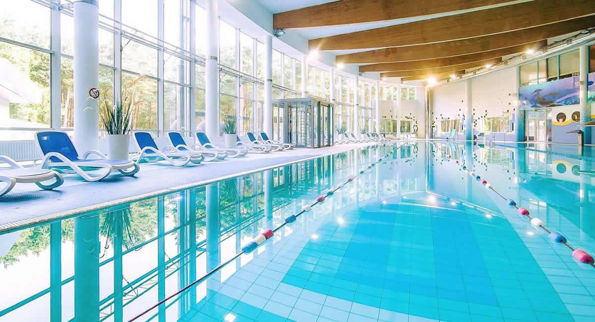 Hotel senator kolberger deep polen for Schwimmbad billig