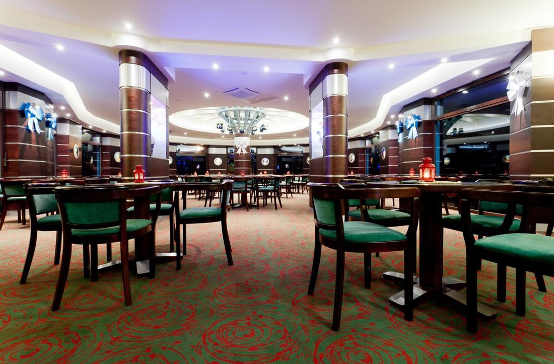 Hotel Unitral Mielno Gro 223 M 246 Llen